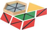 Gekleurde-constructie-driehoeken-klein-in-6-hoekig-kistje