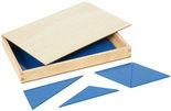 Blauwe-constructie-driehoeken-in-4-hoekig-kistje